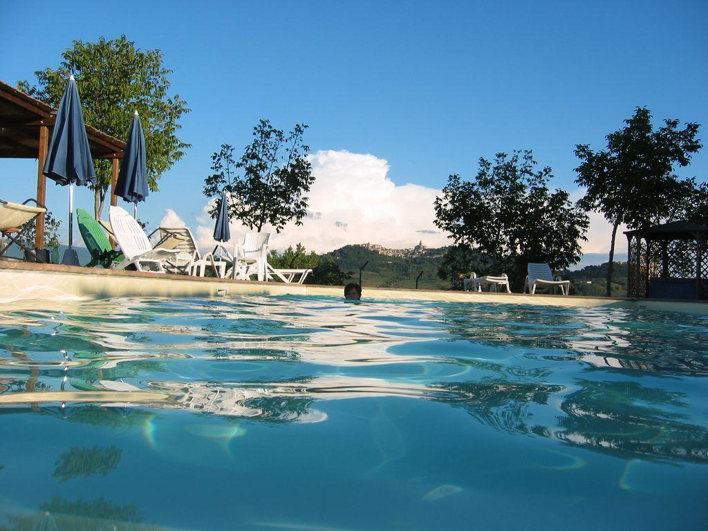 Alojamiento con piscina para 5 personas