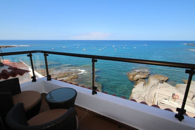 Holiday rental with 2 rooms in La caleta