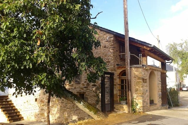 Alojamiento de 140 m² en Tedejo