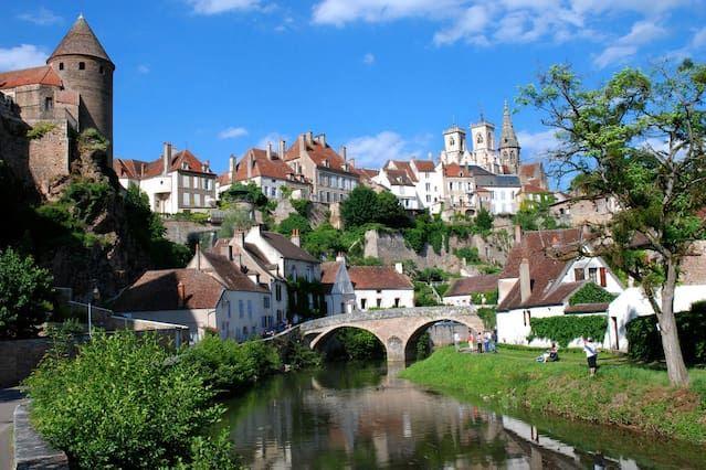 Nice apartment in Semur in Auxois