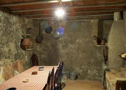 Villa Torra - 3 Apartments, Sleeps 15 - CCS 9379