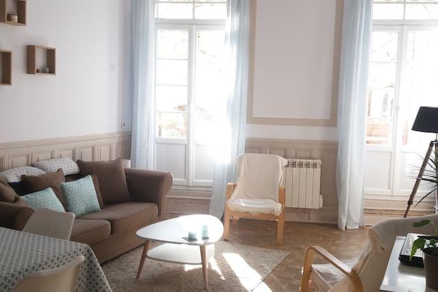 Beautiful appartment Salon de Pce