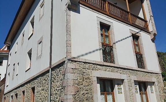 Attractive property with 2 rooms