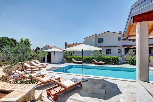 Casa para 10 huéspedes con jardín