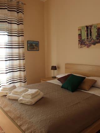 Alojamiento con parking incluído en Reggio di calabria