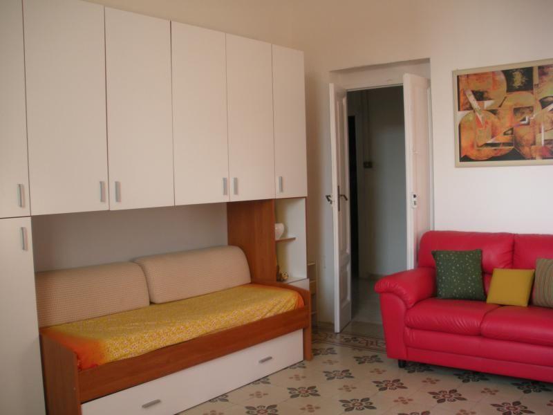 80 metros cuadrados Apartamento de 150 pasos del mar