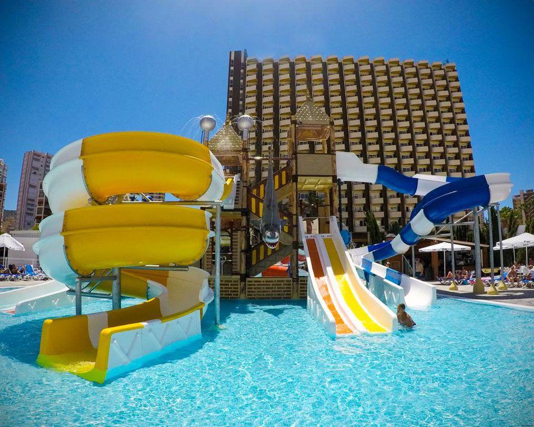 Parque acuático del Hotel Rosamar en Benidorm