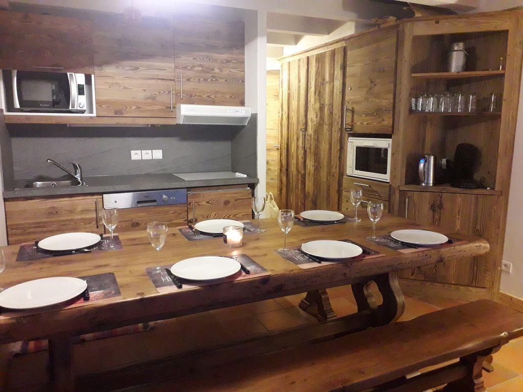 Provisto apartamento para 7 huéspedes