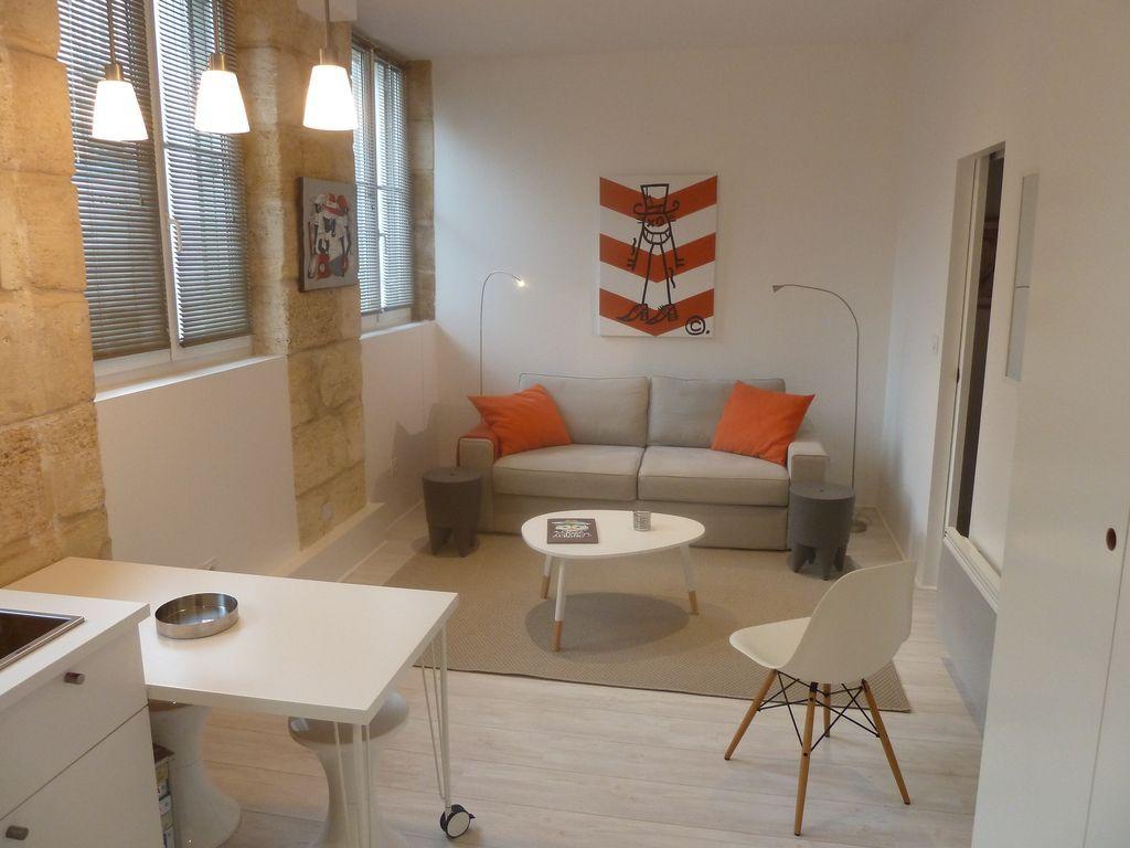 Práctico apartamento en Bordeaux