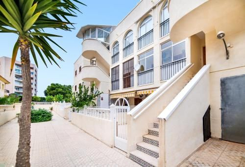 Apartamento en Playas de orihuela con balcón