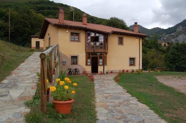 Piso de 6 habitaciones en Quirós