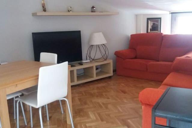 Vivienda en Sigüenza con balcón