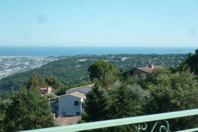 Appartement à Gattieres avec piscine