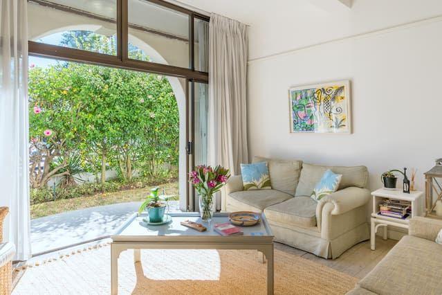 Apartment in Ciudad del cabo with 1 room