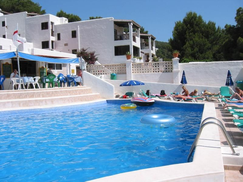 Holiday rental in Cala llonga for 4 people