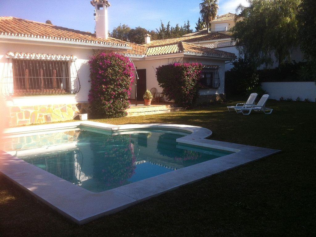 Casa con piscina en Marbella