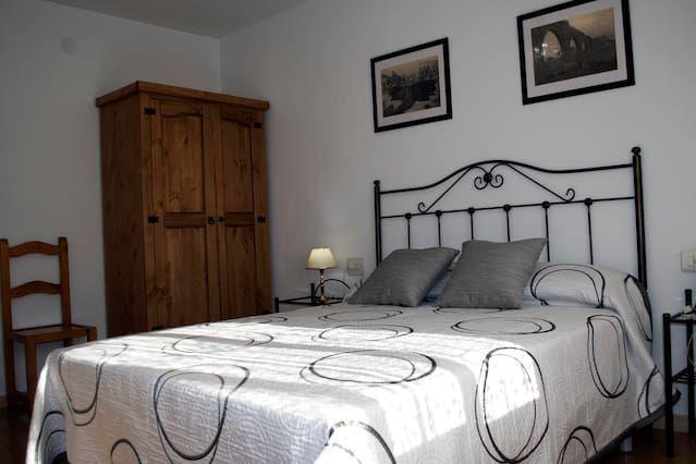 Vivienda de 4 habitaciones en Teruel