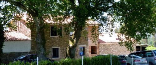 Alojamiento de 4 habitaciones con parking incluído