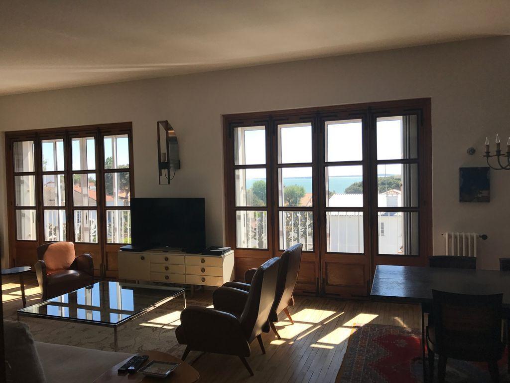 Apartamento provisto para 5 personas