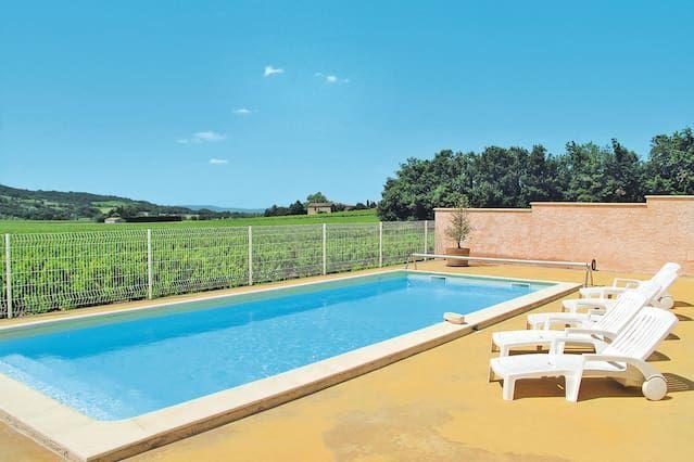Habitation avec piscine à Visan