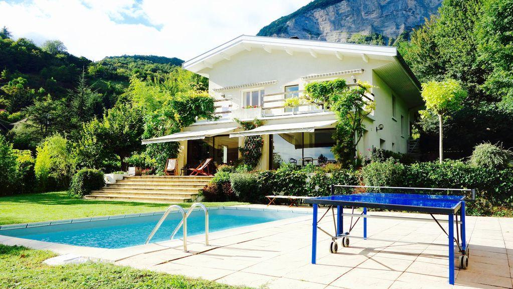 Residencia de 4 habitaciones en Corenc
