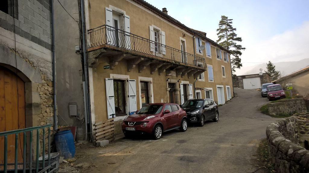 Logement à Saint-julien-du-gua avec wi-fi
