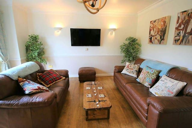 Popular holiday rental with 2 rooms