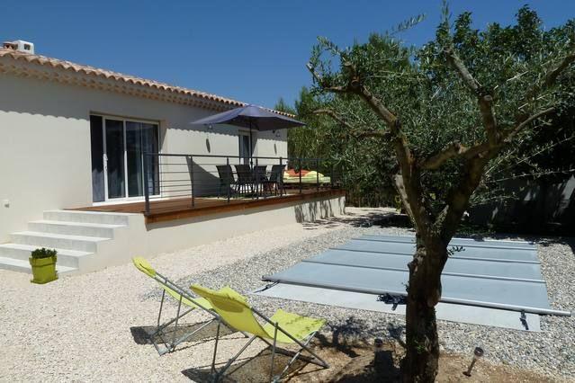 Alojamiento de 2 habitaciones en Roquemaure