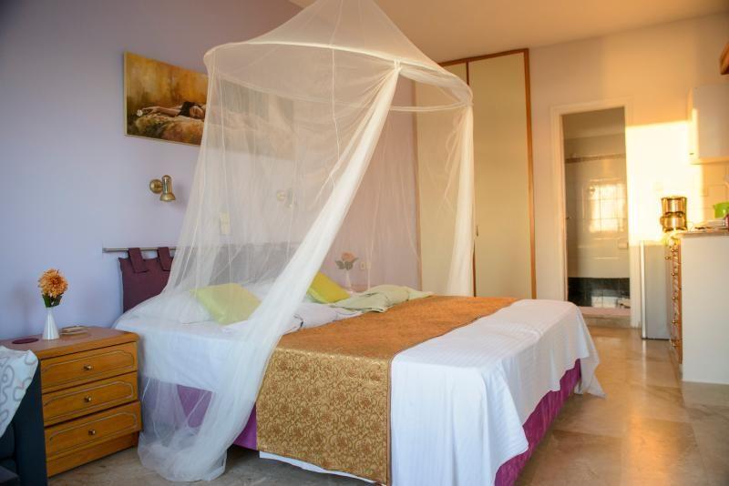 Honeymoon at Melinas apartments