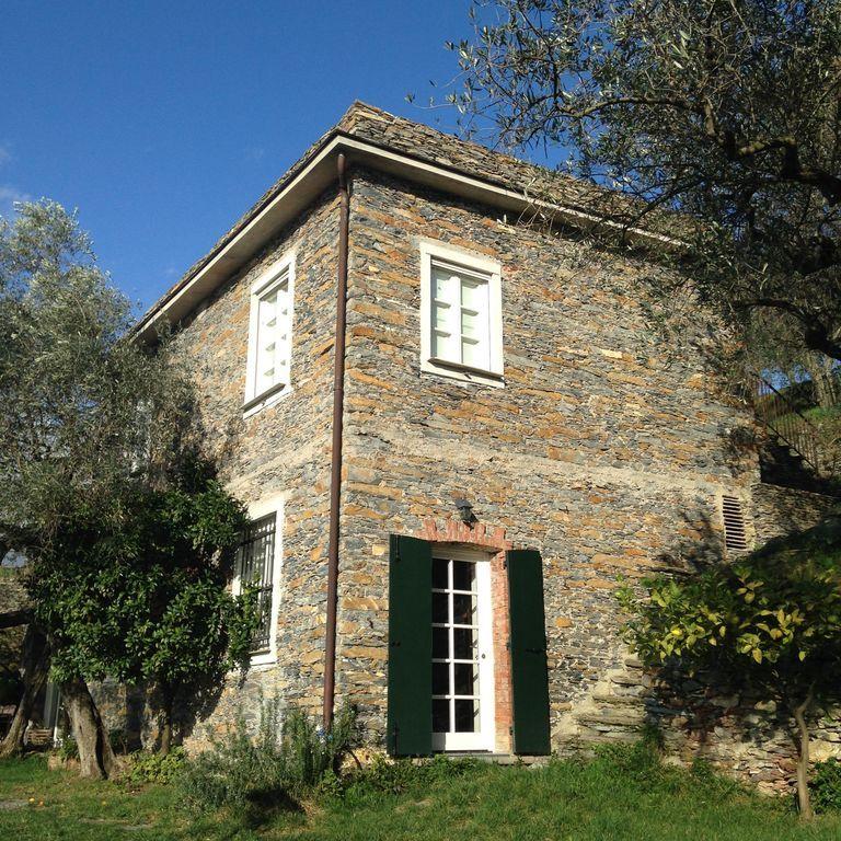 Vivienda con jardín en Lavagna