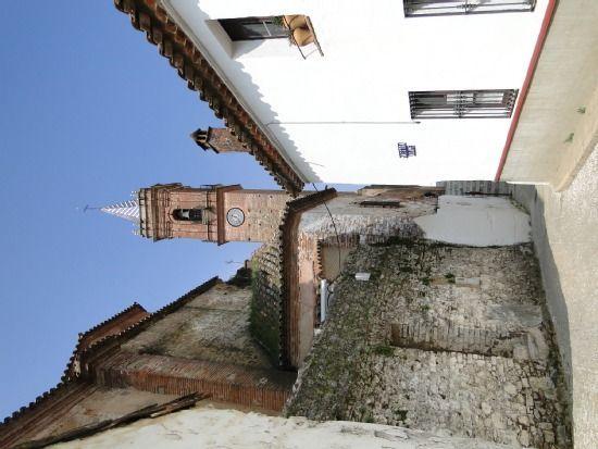 Alojamiento de 4 habitaciones en Fuenteheridos
