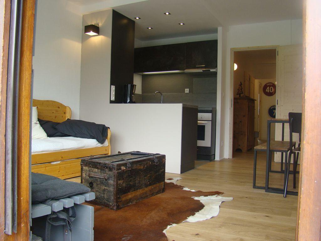 53 m² property