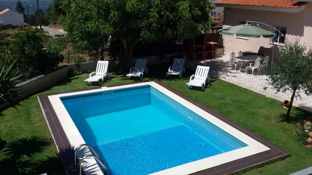 Vivienda con piscina para 6 huéspedes