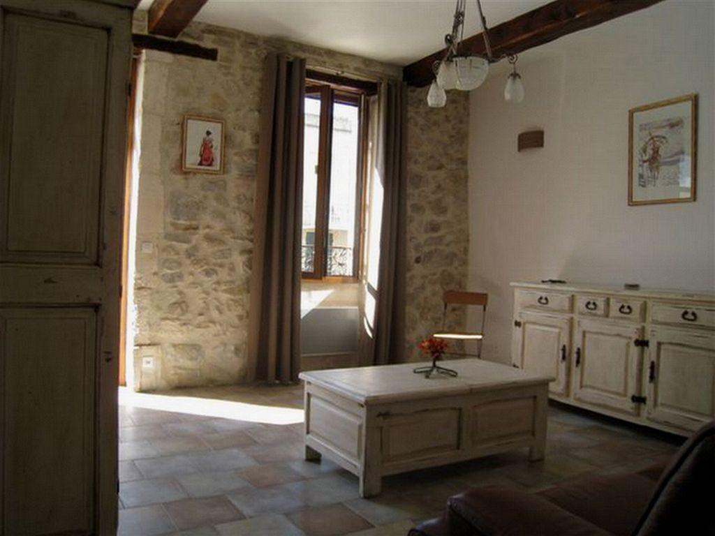 Residencia con jardín de 100 m²