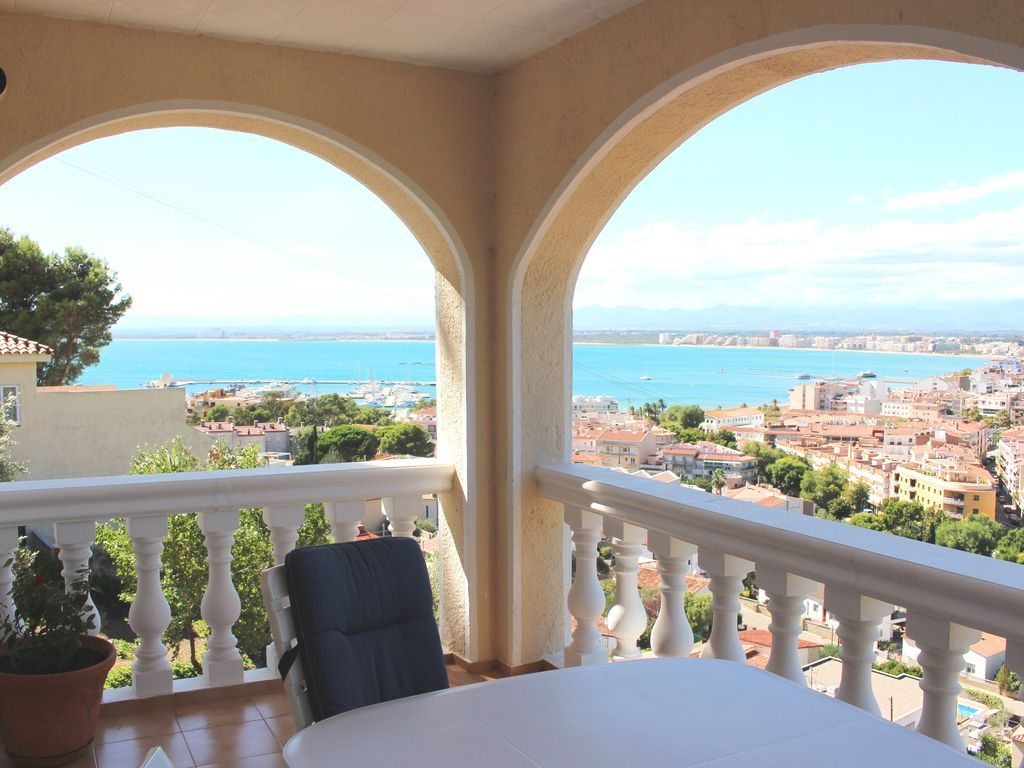 Holiday letting of 3 rooms in Costa brava