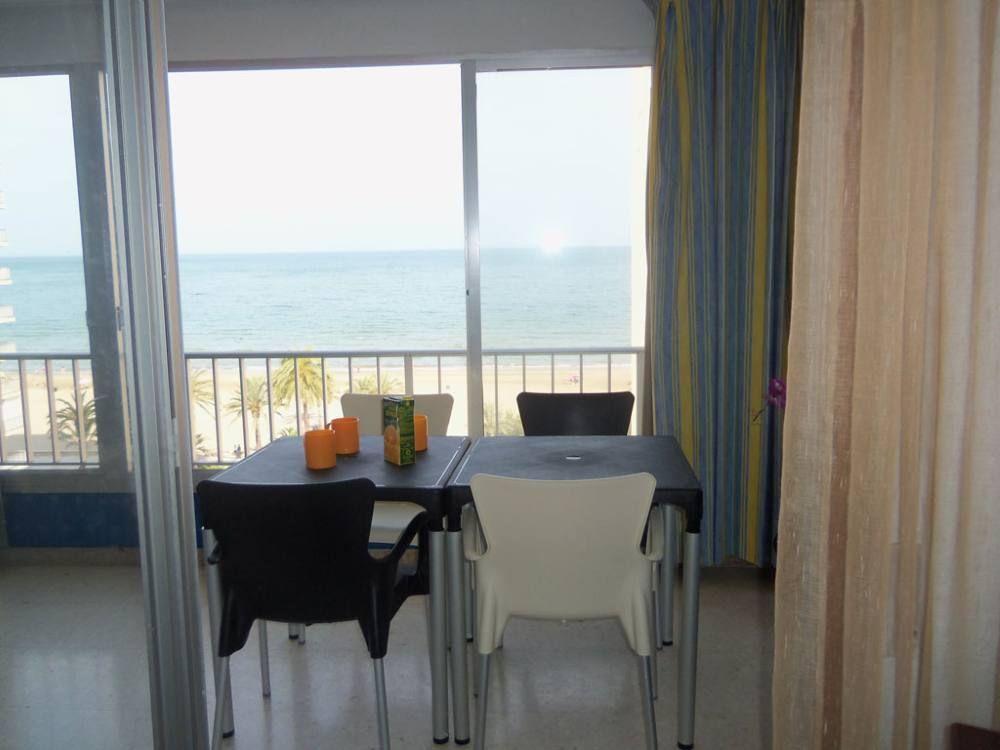 Apartment mit Garten und 2 Zimmern