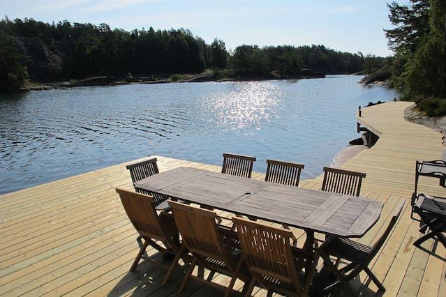 Seaside Villa con embarcadero privado en el archipiélago de Estocolmo