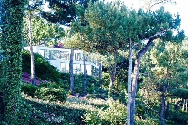 Residencia en Moelan sur mer con balcón
