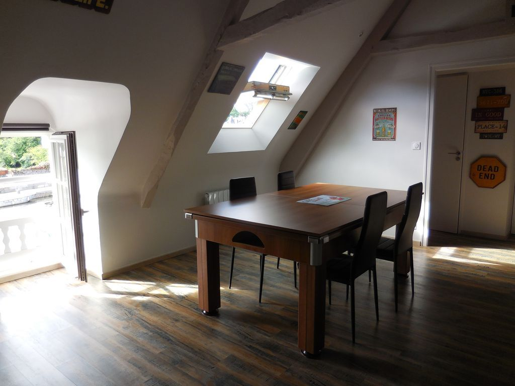 Flat fitted in Dinan