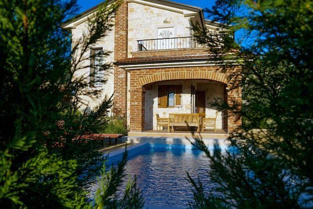 Casa de 3 habitaciones en Linardići