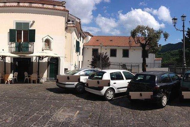 Alojamiento de 2 habitaciones en Corpo di cava