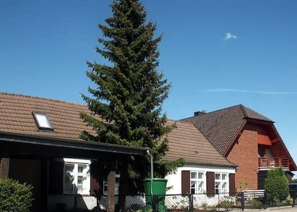Haus mit Wi-Fi in Altefähr