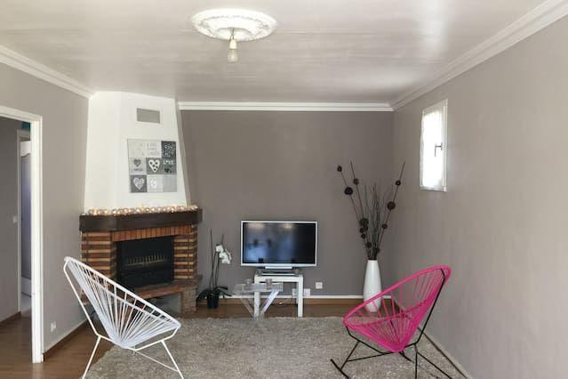 Hébergement à Brou-sur-chantereine de 2 chambres