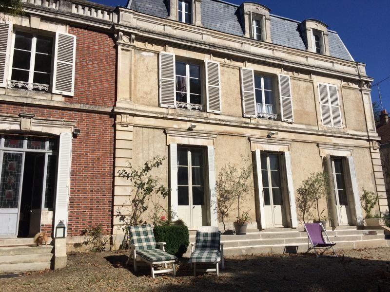 Apartamento independiente en la residencia del siglo XIX