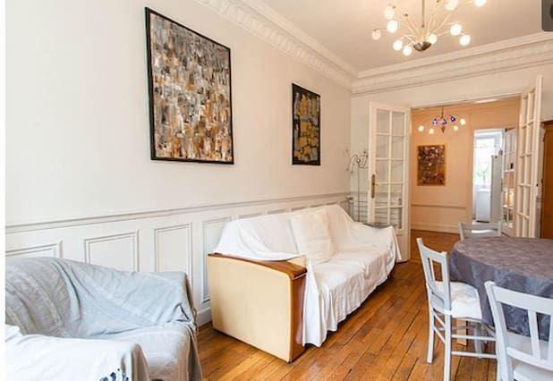 Logement à 3 chambres avec balcon