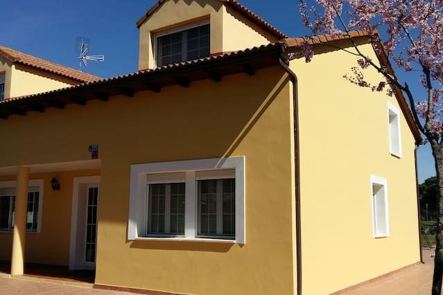 Hogareña vivienda de 220 m²