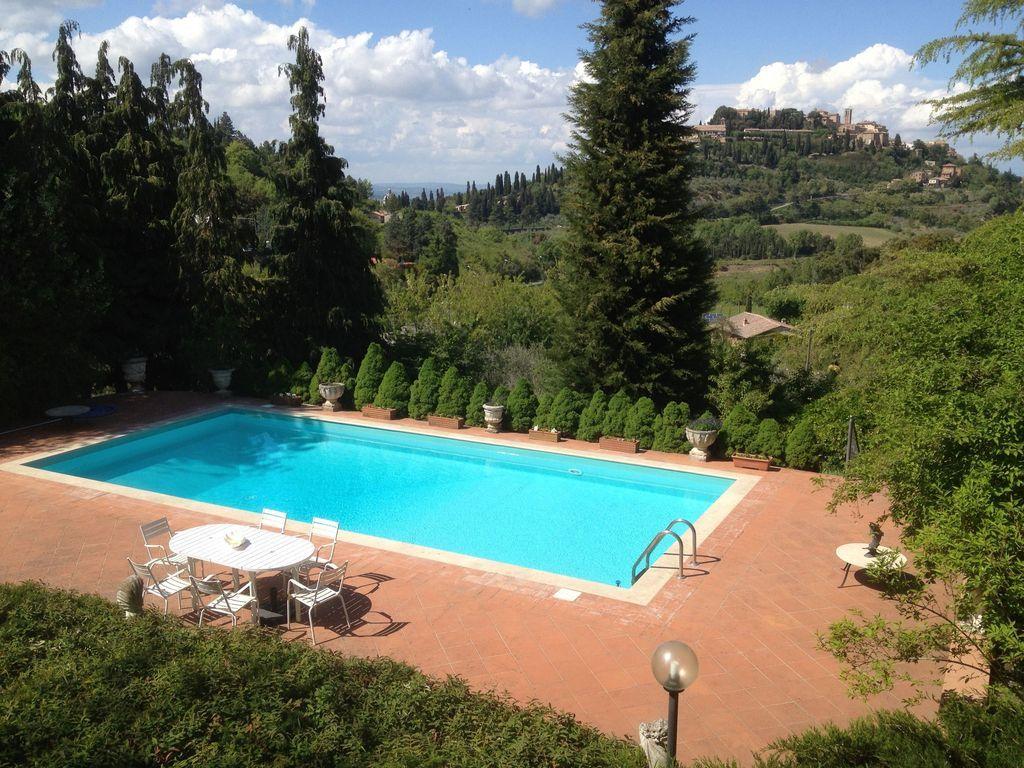 Residencia con piscina de 2 habitaciones