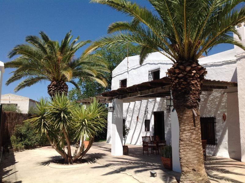 Casa Ajonoz - A house for every season