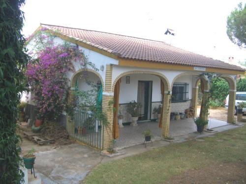 Casa en Hinojos con parking incluído