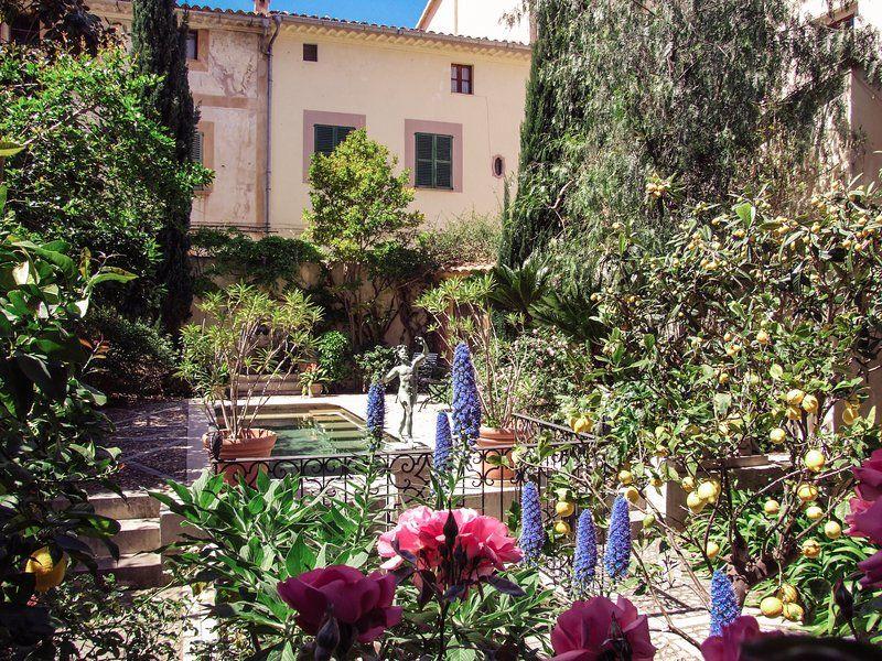 Acogedor alojamiento con jardín
